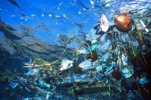 plastic-ocean-trash