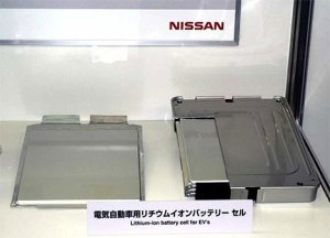 nissan-battery-lab-03